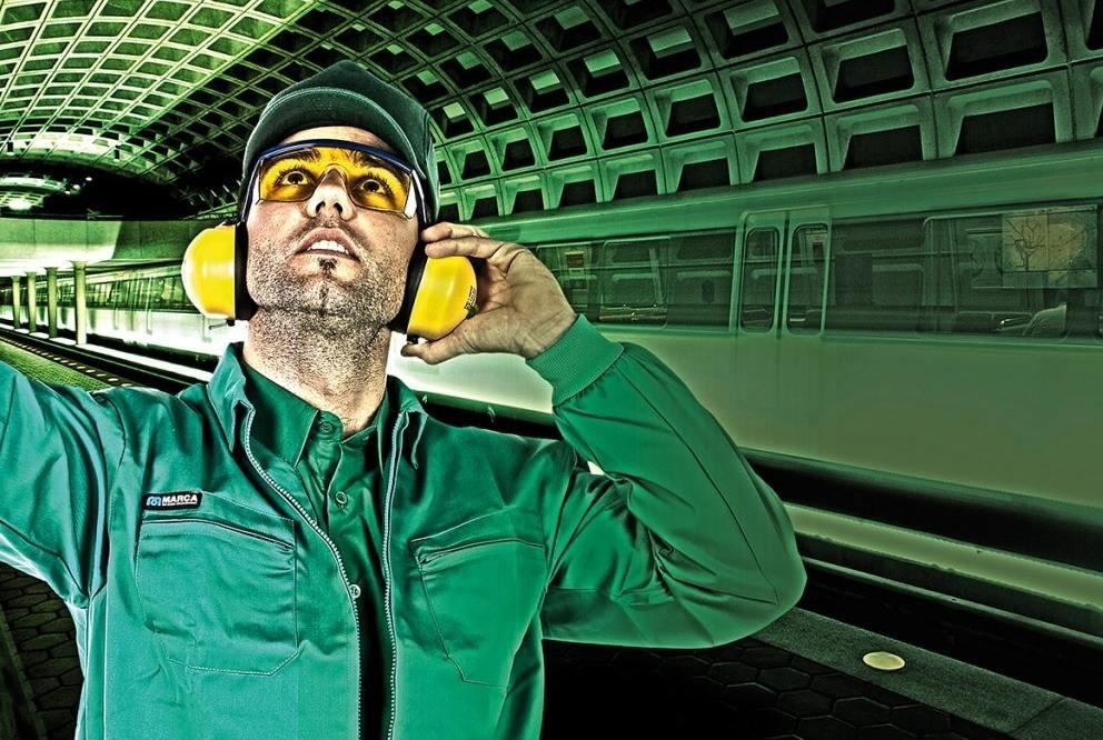 La protección ocular es una de las responsabilidades que debe tomar el trabajador en cuanto a sus actividades.