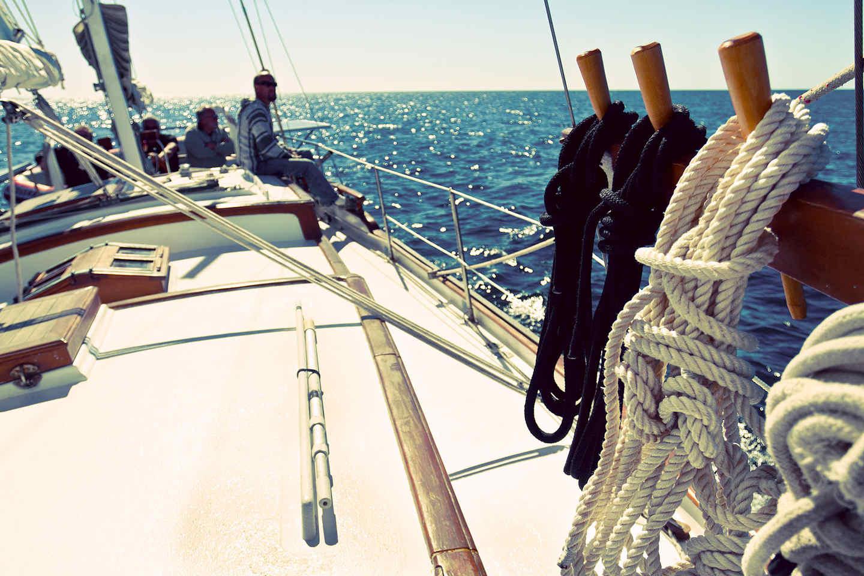 La rabiza para aro salvavidas es importante en la embarcación.
