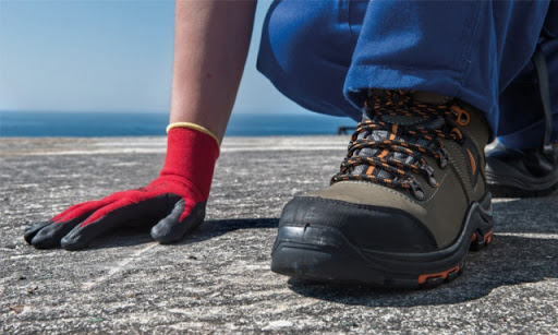 La seguridad en los pies es importante para cuando se trabajo en empresas de electricidad, químicos, etc.